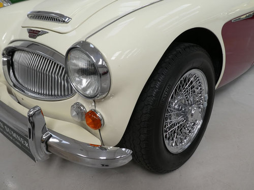 1967 Austin Healey MKIII 3000 BJ8 For Sale SOLD (picture 3 of 6)