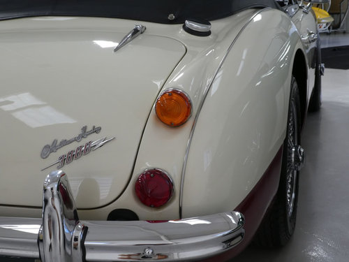 1967 Austin Healey MKIII 3000 BJ8 For Sale SOLD (picture 4 of 6)