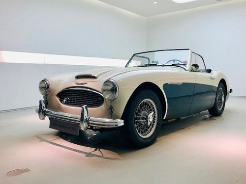 1959 AUSTIN HEALEY 3000 BT7 MK I SOLD (picture 1 of 6)