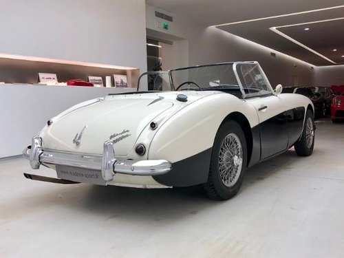 1959 AUSTIN HEALEY 3000 BT7 MK I SOLD (picture 3 of 6)