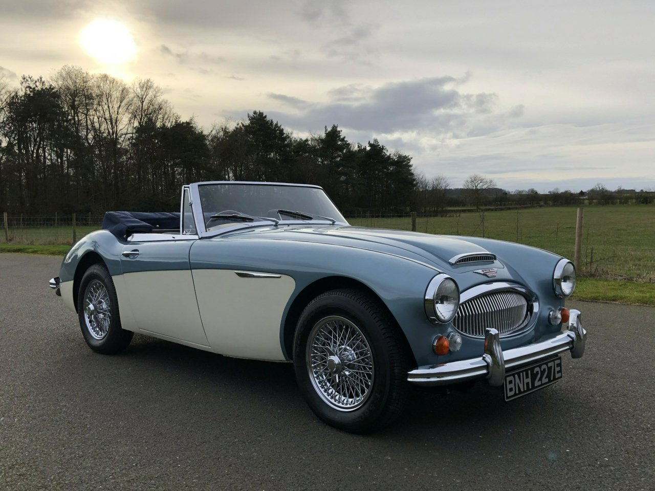 1967 Austin-Healey 3000 BJ8 Mklll (Phase ll) SOLD (picture 2 of 6)