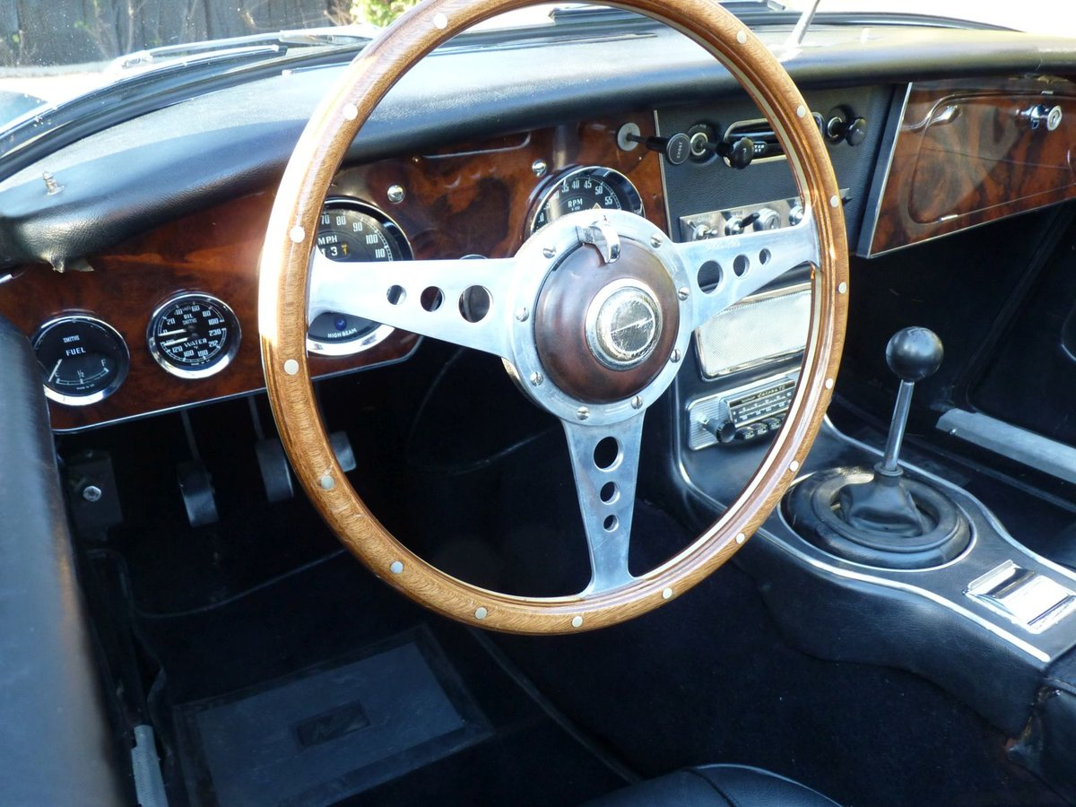 1966 Beautiful restored Austin Healey 3000 MKIII Ph2 Restored! For Sale (picture 5 of 6)