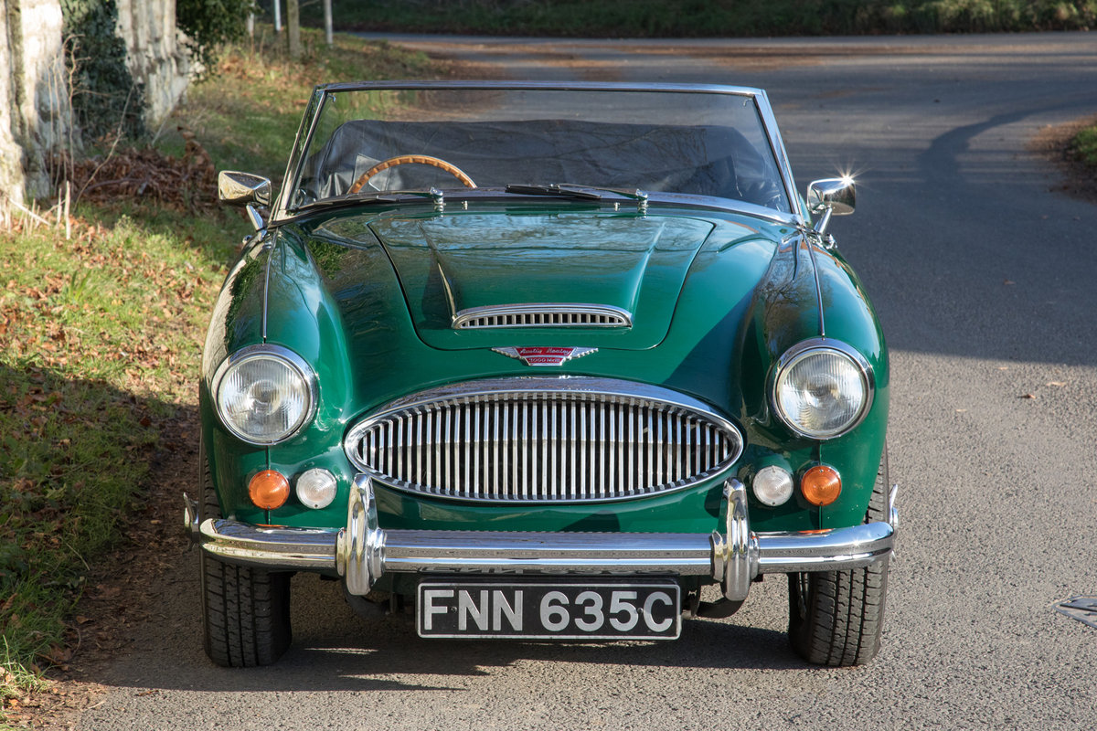 1965 Austin Healey 3000 MkIII | Restored & Highly Original SOLD (picture 2 of 6)