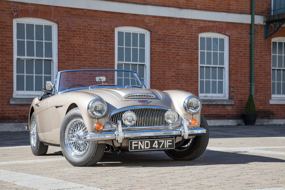 1967 Austin Healey 3000 MkIII | Restored July 2014 SOLD (picture 1 of 6)
