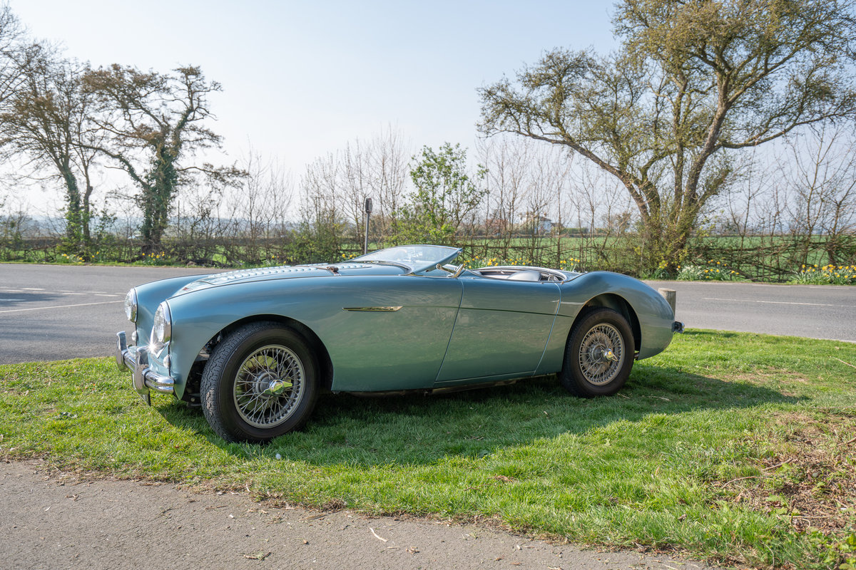 1954 AUSTIN HEALEY 100/4 M-SPEC BN1 SOLD (picture 2 of 6)