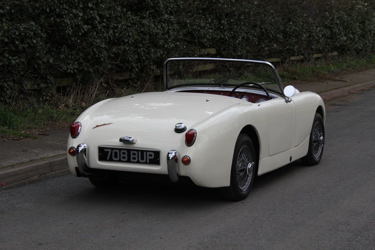 1959 Austin Healey Frogeye Sprite MKI - Excellent re-trim SOLD (picture 5 of 12)