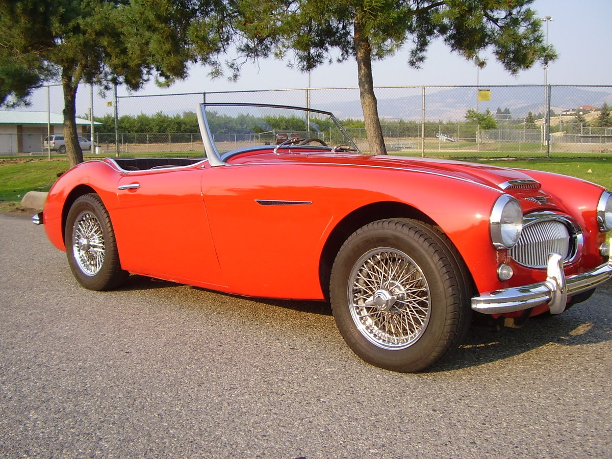 1961 Austin Healey Mark two, tri-carb with centre shift For Sale (picture 1 of 6)