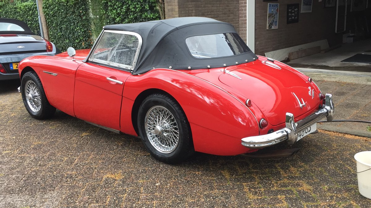 1961 Austin Healey Mark two, tri-carb with centre shift For Sale (picture 6 of 6)