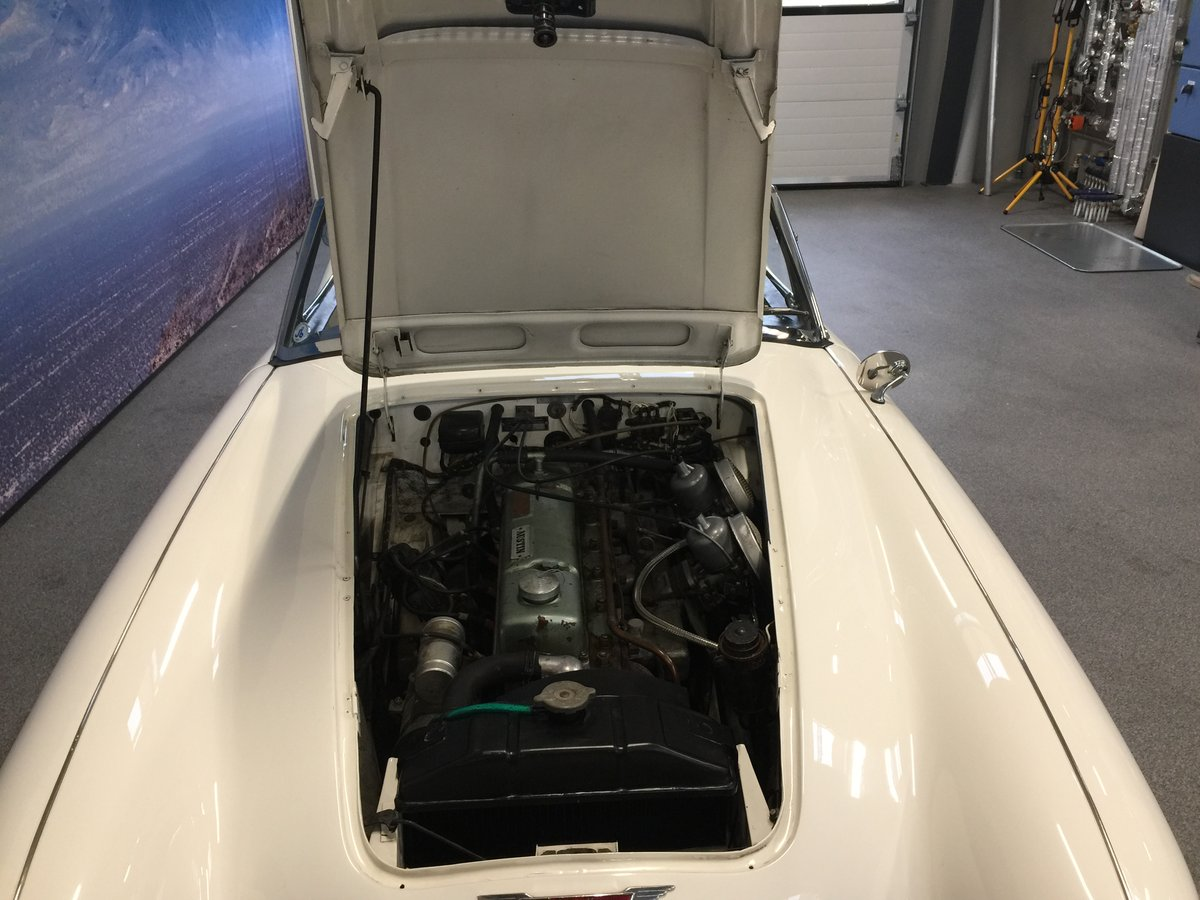 1963 Austin Healey 3000 MK II - new softtop For Sale (picture 5 of 6)