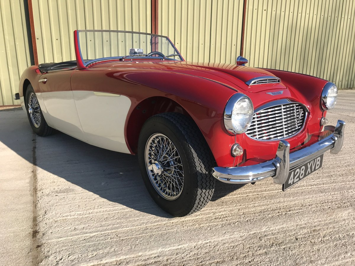 1960 Austin Healey 3000 MK1 Fully restored LHD UK reg. For Sale (picture 2 of 6)