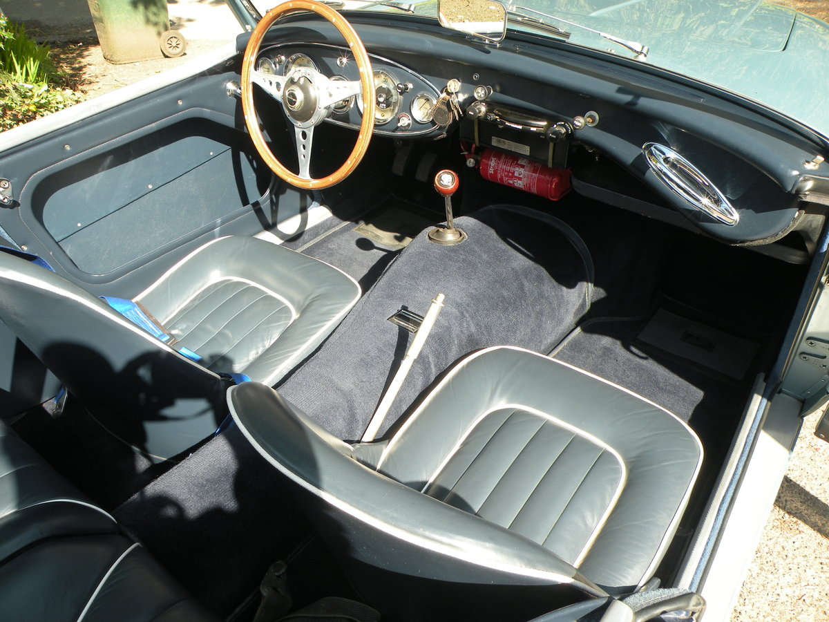 1961 Uniquely restored LHD Healey 3000 BT7 For Sale (picture 3 of 6)