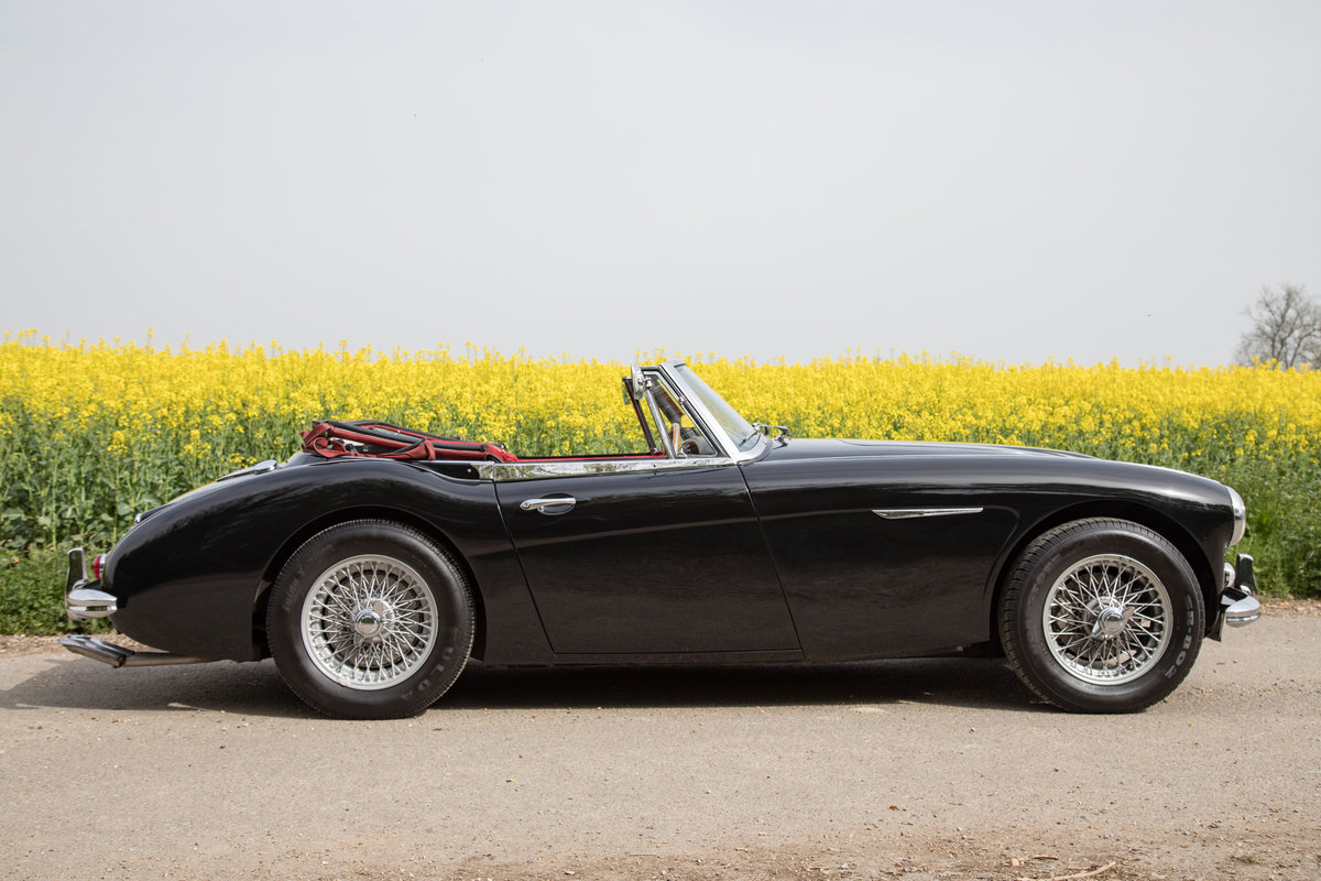 1964 Austin Healey 3000 MkIII | Rare Early Phase II, UK RHD For Sale (picture 3 of 6)