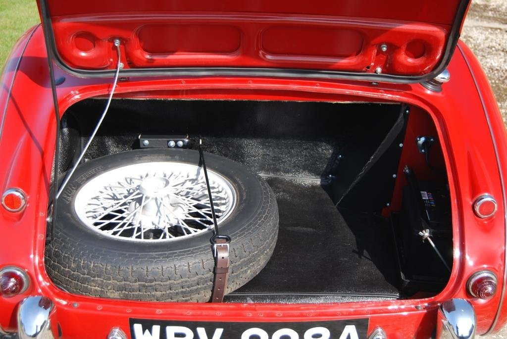 1963 Austin-Healey 3000 MkII BJ7, Restored, Heritage Certificate For Sale (picture 5 of 6)
