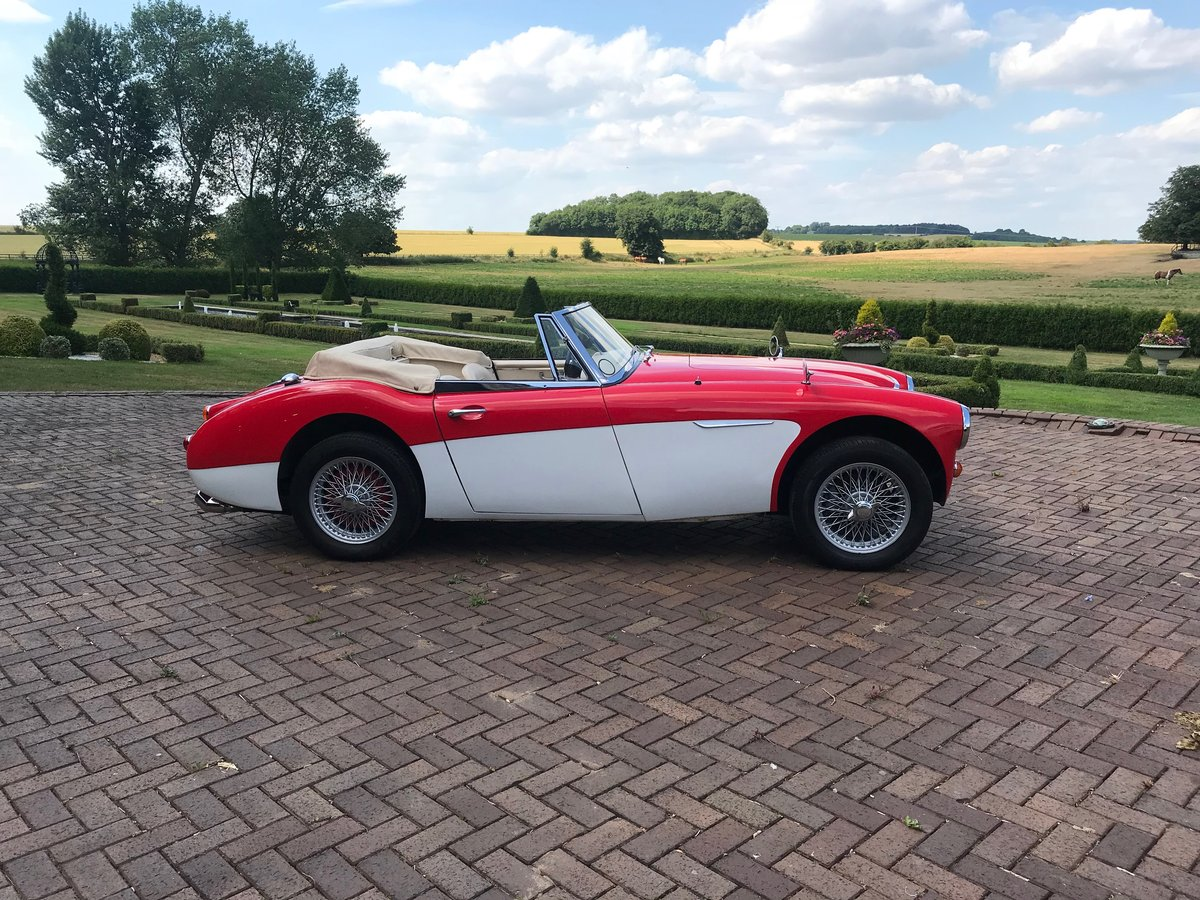 1967 Healey 300 MK III BJ8 For Sale (picture 1 of 6)