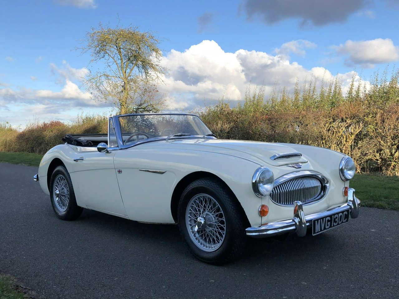 1965 Austin-Healey 3000 MkIII BJ8 SOLD (picture 3 of 6)