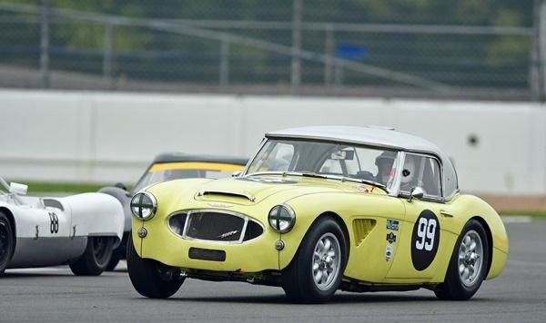 1960 FIA Mk1 Austin Healey 3000 GT racing car For Sale (picture 1 of 6)