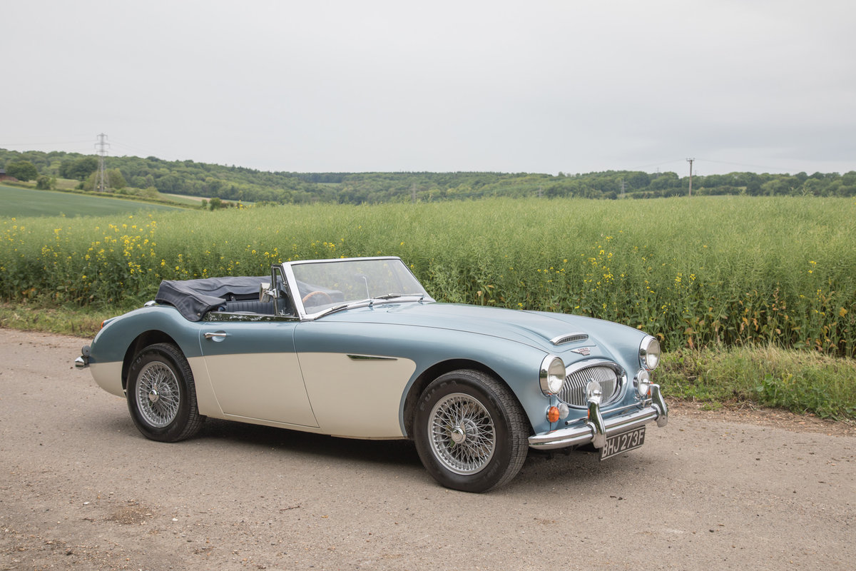 1967 Austin Healey 3000 MkIII | Nicely Modernised SOLD (picture 2 of 6)