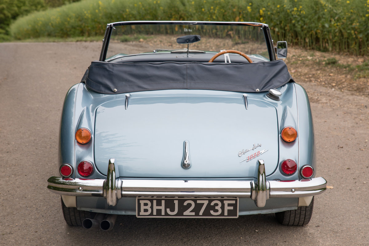 1967 Austin Healey 3000 MkIII | Nicely Modernised SOLD (picture 3 of 6)