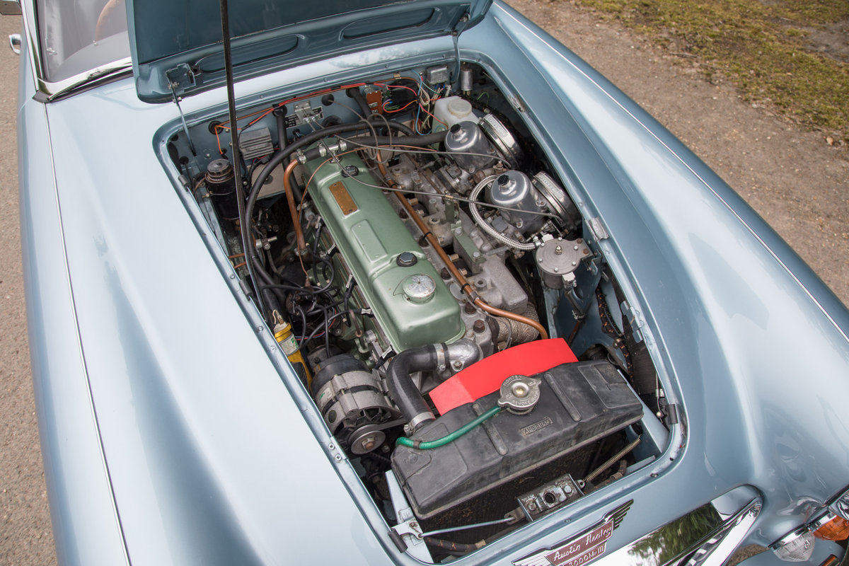 1967 Austin Healey 3000 MkIII | Nicely Modernised SOLD (picture 5 of 6)