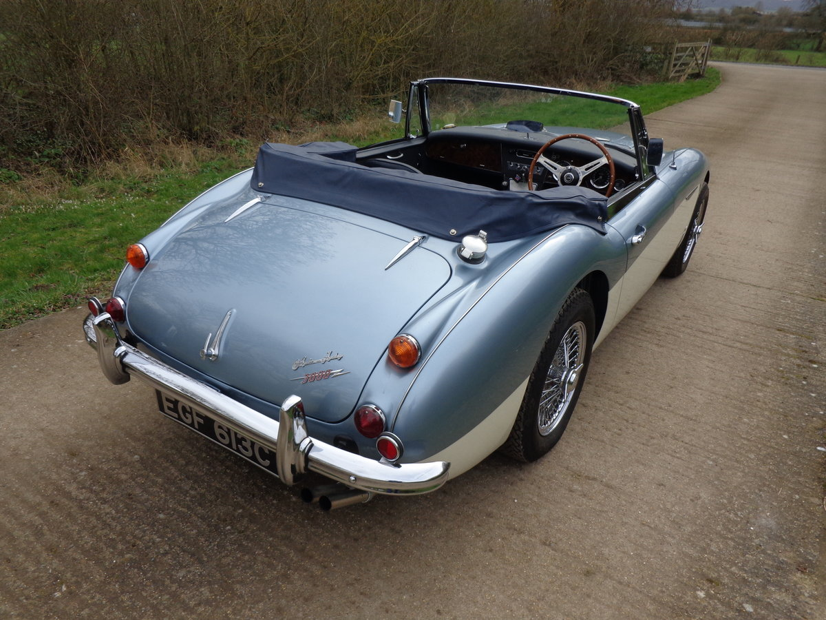 1967 AUSTIN HEALEY 3000 MK 3 PH 2 -  RESTORED TO SHOW STANDARD! For Sale (picture 4 of 6)