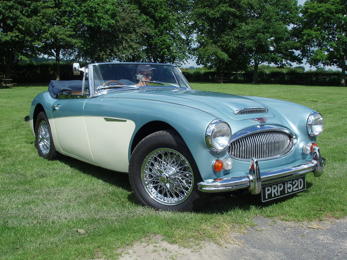1966 AUSTIN HEALEY BJ8 SOLD (picture 1 of 5)