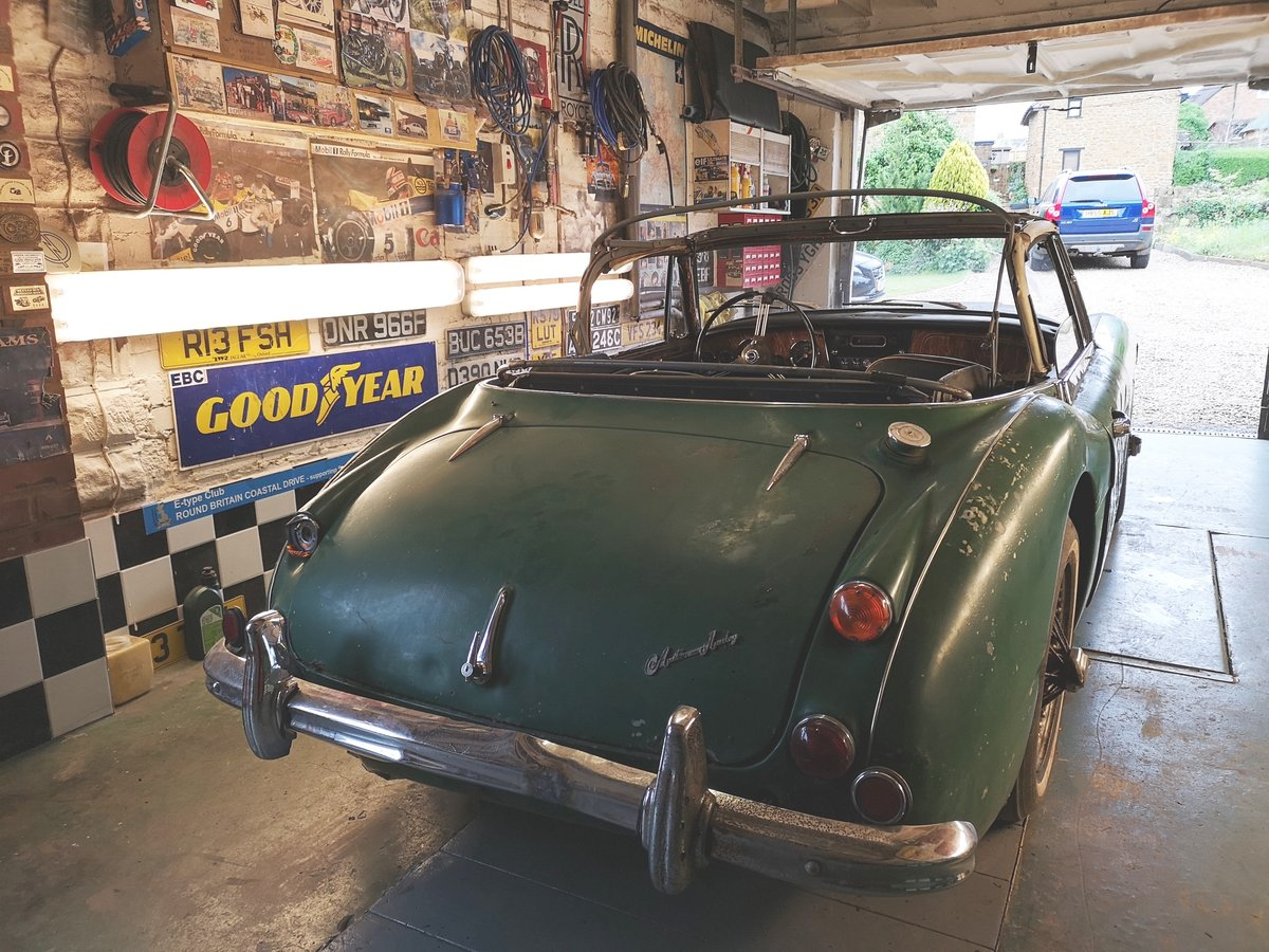 1965 Austin Healey 3000 for restoration For Sale (picture 2 of 6)