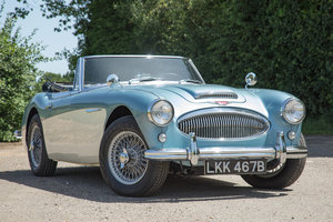 1963 Austin Healey 3000 MkIIA BJ7 | 2019 Repaint, Original Blue SOLD