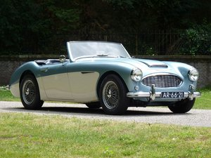 1957 Austin Healey 100-6 in a completely restored condition For Sale