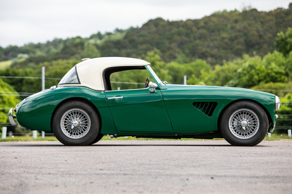1960 Austin-Healey 3000 Mk1 (BT7) SOLD by Auction (picture 3 of 6)