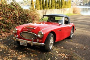 1966 Ausin Healey MK lll 3000 BJ8 - Lot 647