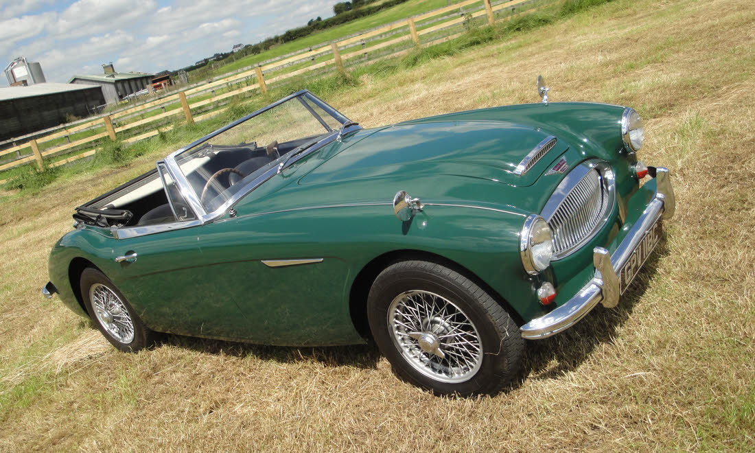 1965 AUSTIN HEALEY 3000 MK III BJ8 For Sale by Auction (picture 2 of 6)