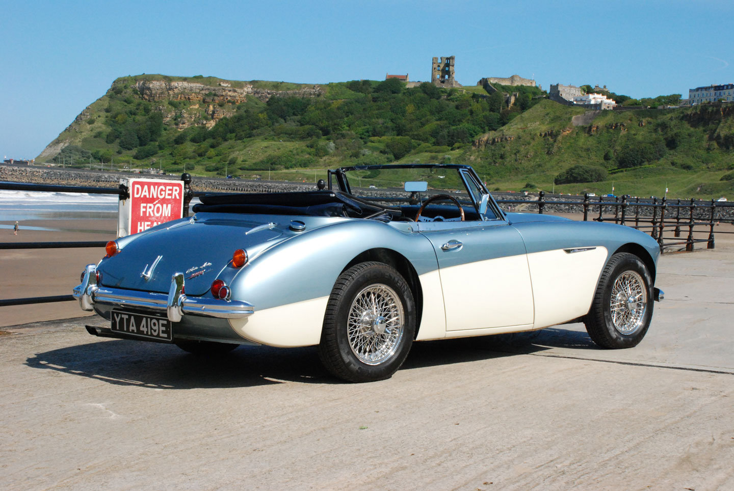 1967 Austin Healey 3000 Mk 3 BJ8 Phase 2    For Sale (picture 2 of 6)