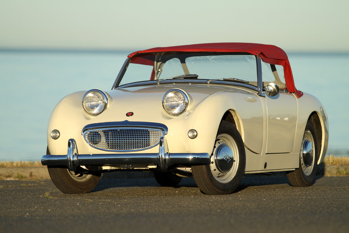 1960 Frogeye Sprite MK I restored to a high standard SOLD (picture 1 of 6)