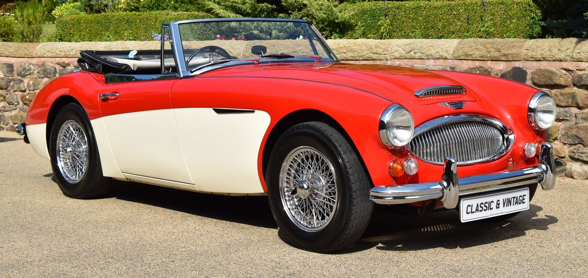 1965 Austin Healey 3000 MkIII SOLD (picture 1 of 6)