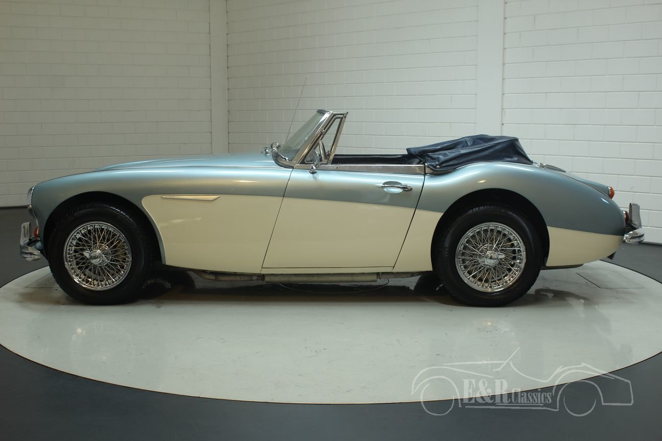 Austin Healey 3000 Cabriolet 1967 MK3 (BJ8) Ice Blue  For Sale (picture 4 of 6)