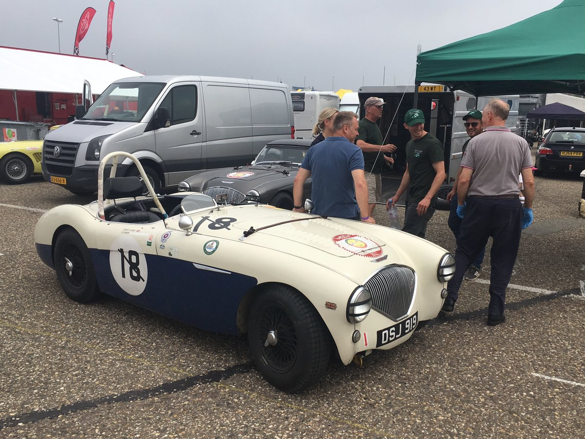 1955 Austin Healey 100m FIA road/ race car For Sale (picture 4 of 6)