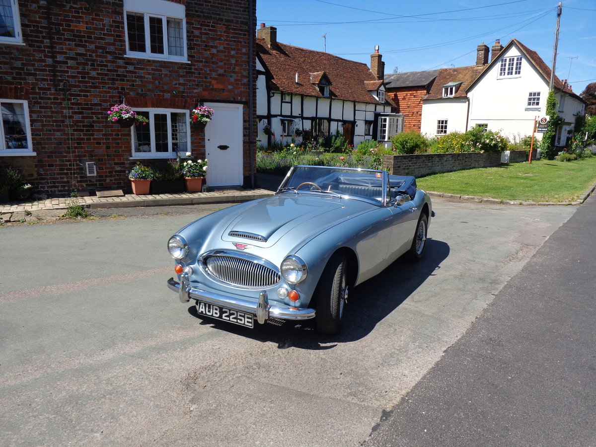 1967 AUSTIN HEALEY 3000 MK 3 PH 2 - AN EARLIER RESTORATION For Sale (picture 3 of 6)