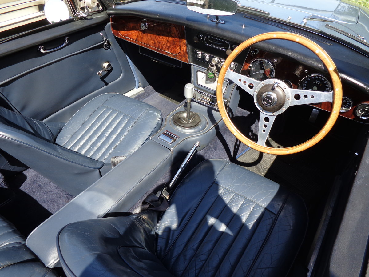 1967 AUSTIN HEALEY 3000 MK 3 PH 2 - AN EARLIER RESTORATION For Sale (picture 5 of 6)