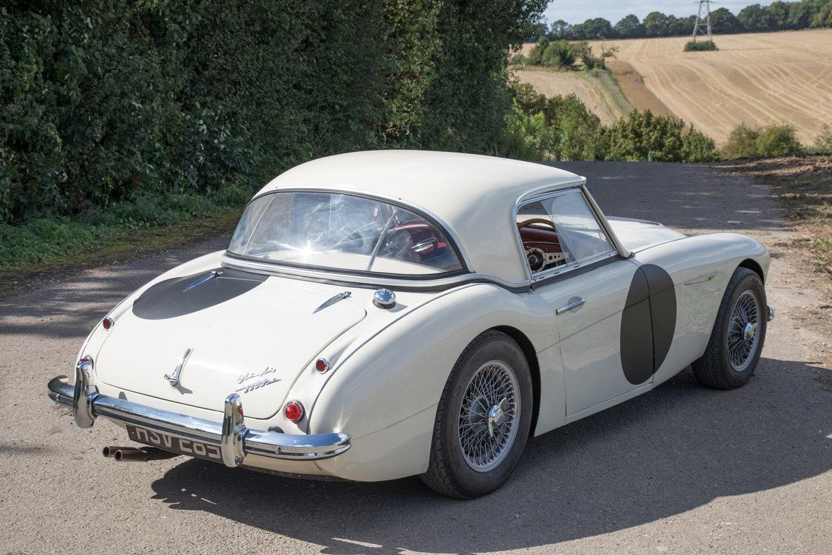 1959 Austin Healey 300 MkI BN7 | UK RHD w. Factory Hardtop SOLD (picture 3 of 6)