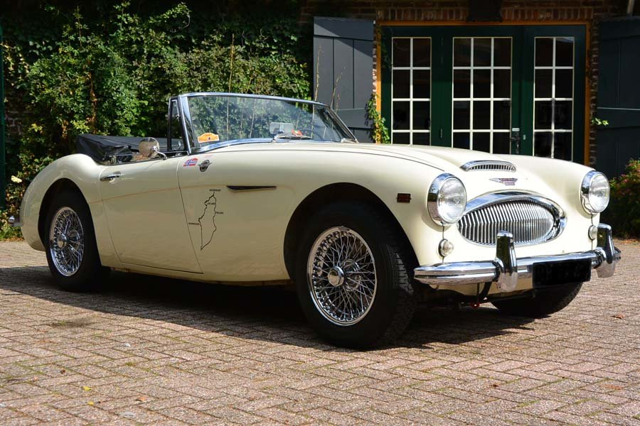 1962 Austin Healey 3000 MKII Convertible Pristine  For Sale (picture 3 of 6)