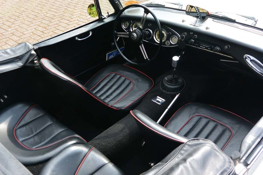 1962 Austin Healey 3000 MKII Convertible Pristine  For Sale (picture 5 of 6)
