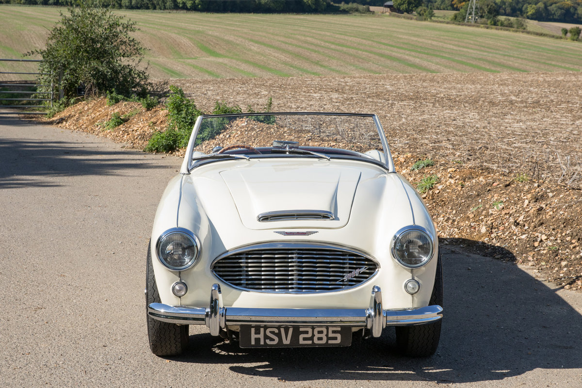 1959 Austin Healey 300 MkI BN7 | UK RHD w. Factory Hardtop For Sale (picture 2 of 6)