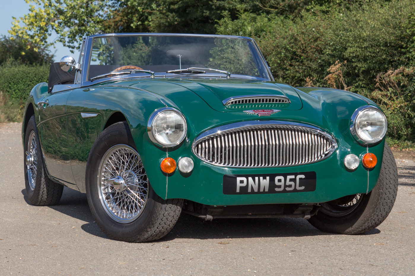 1965 Austin Healey 3000 MKIII | Highly Upgraded for Touring For Sale (picture 1 of 6)