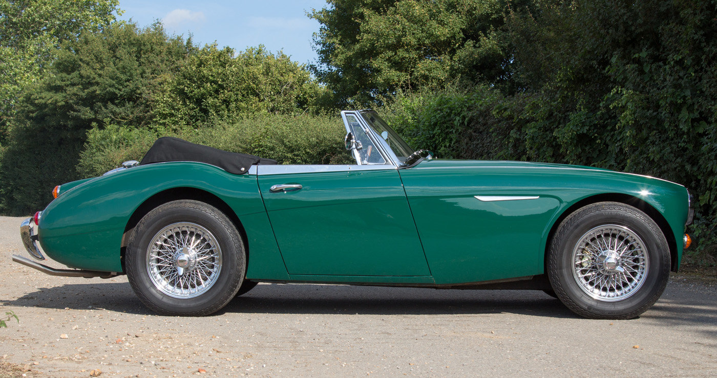 1965 Austin Healey 3000 MKIII | Highly Upgraded for Touring For Sale (picture 3 of 6)