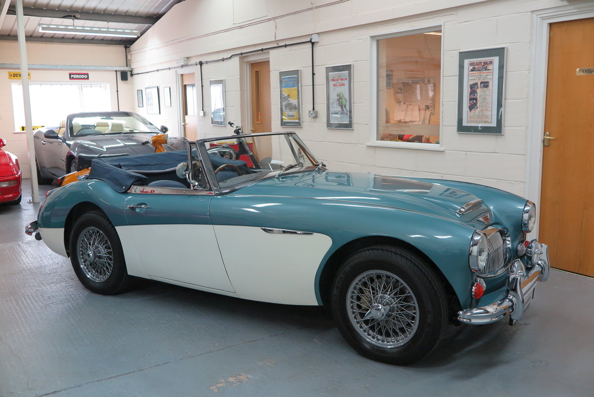 1965 Austin Healey 3000 BJ8 Mk3 - Overdrive  For Sale (picture 1 of 6)