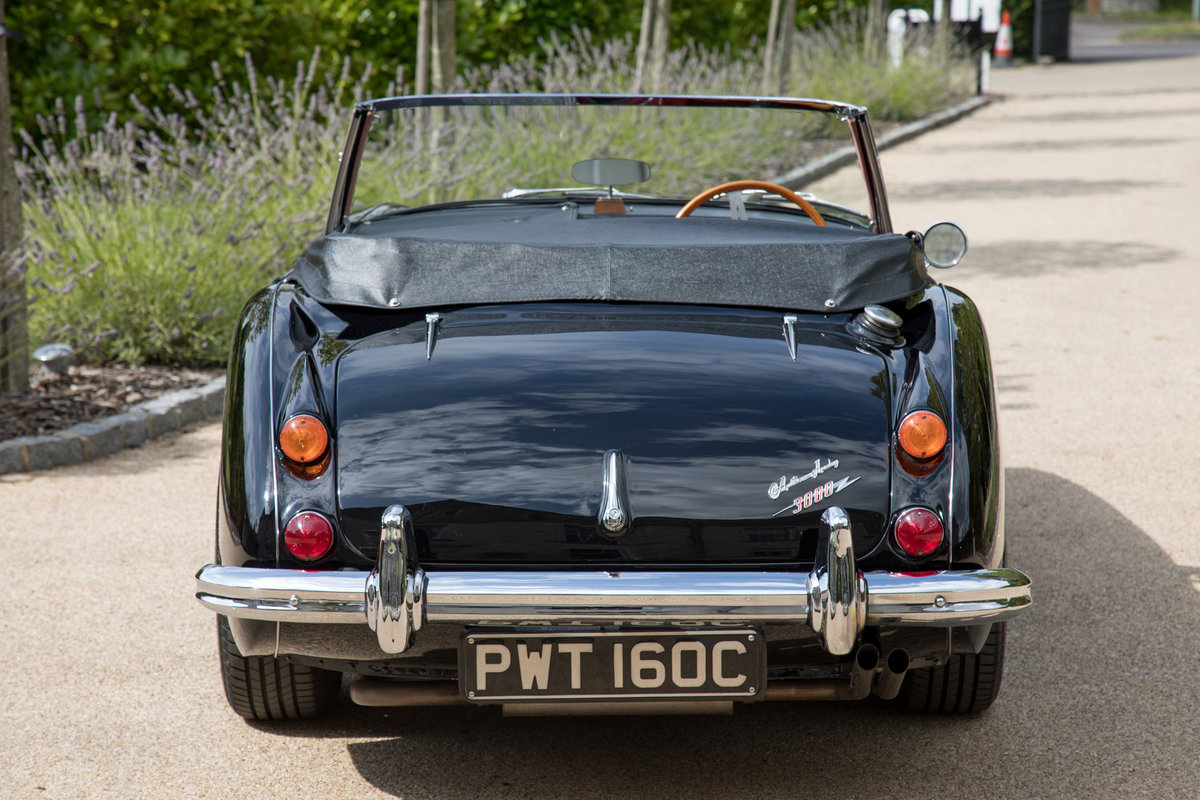 1965 Austin Healey 3000 MkIII BJ8 Phase II | Stunning Condition For Sale (picture 4 of 6)