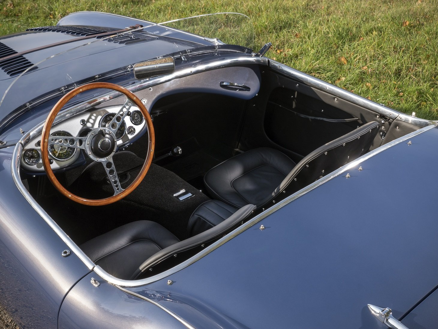 Austin Healey 100/4 1953 Full Restoration - Fast Road Spec For Sale (picture 4 of 6)