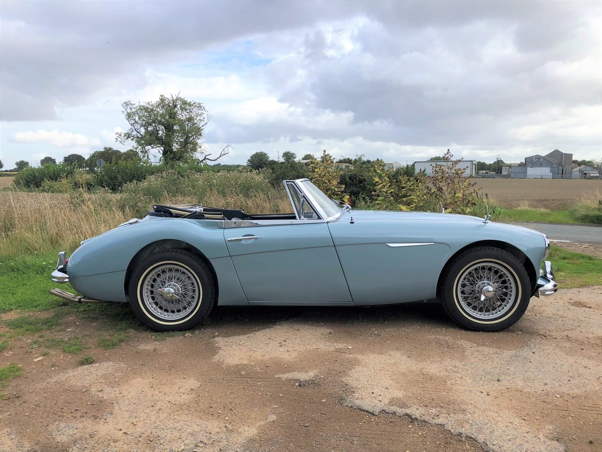1964 Austin Healey 3000 MKIII BJ8 For Sale (picture 2 of 10)