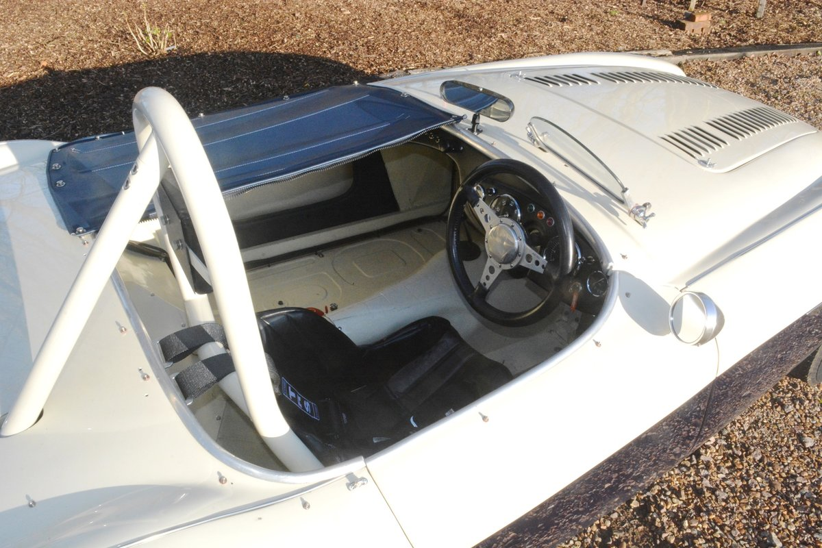 1954 Immaculate Healey 100 Race Car. Rebuilt With New Chassis. For Sale (picture 3 of 6)
