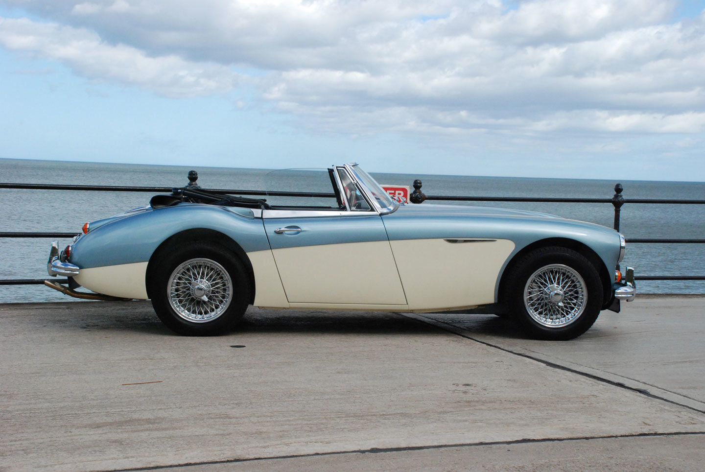 1966 Austin Healey 3000 MK 3 BJ8 phase 2 For Sale (picture 2 of 10)